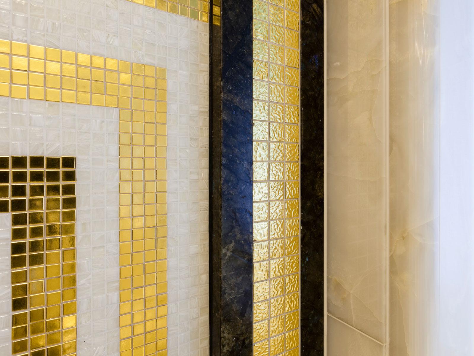 Ann G Mosaic Gold & Onyx