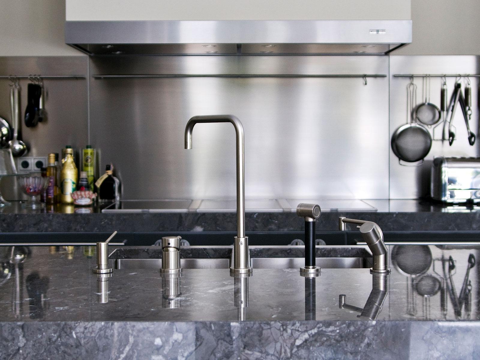 Villa Waalre kitchen