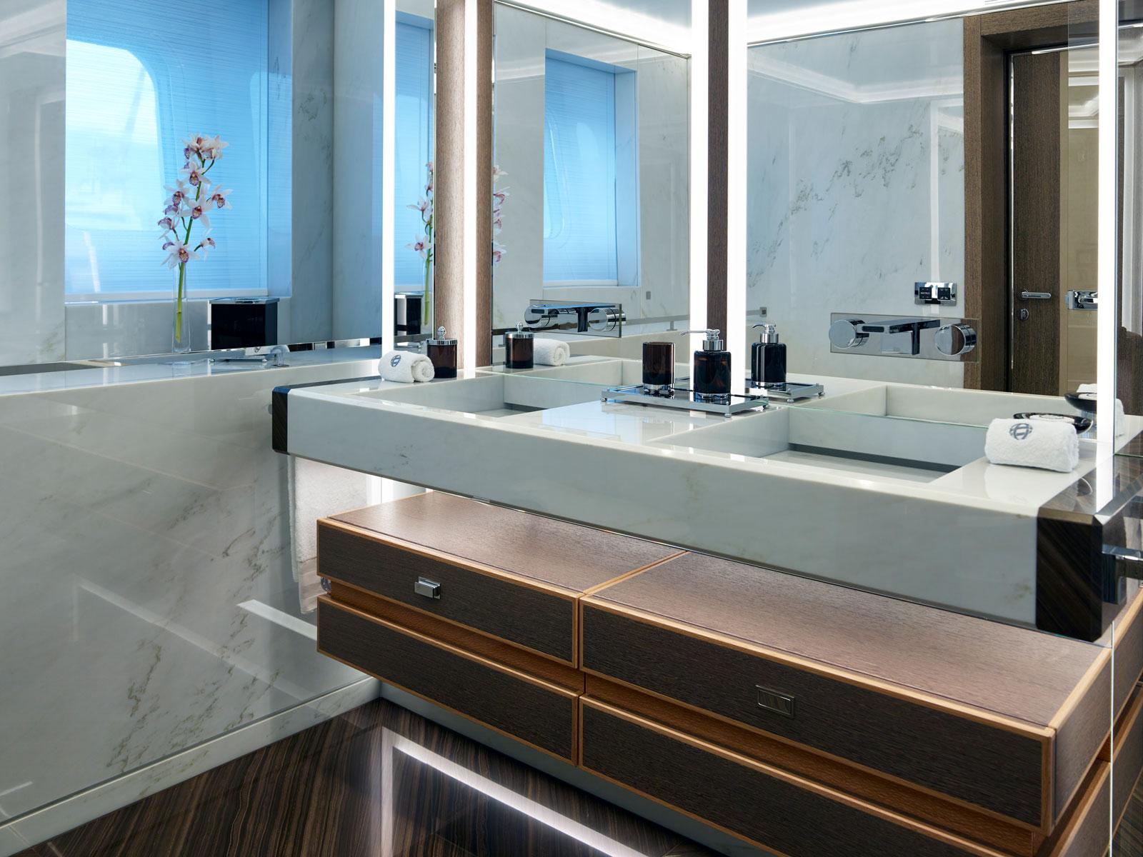 Superyacht Galactica Super Nova Bathroom