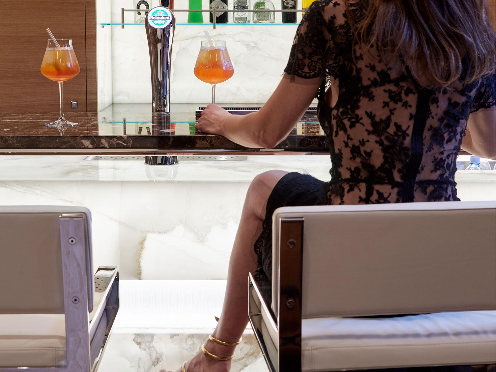 Bar Counter Backlit Onyx