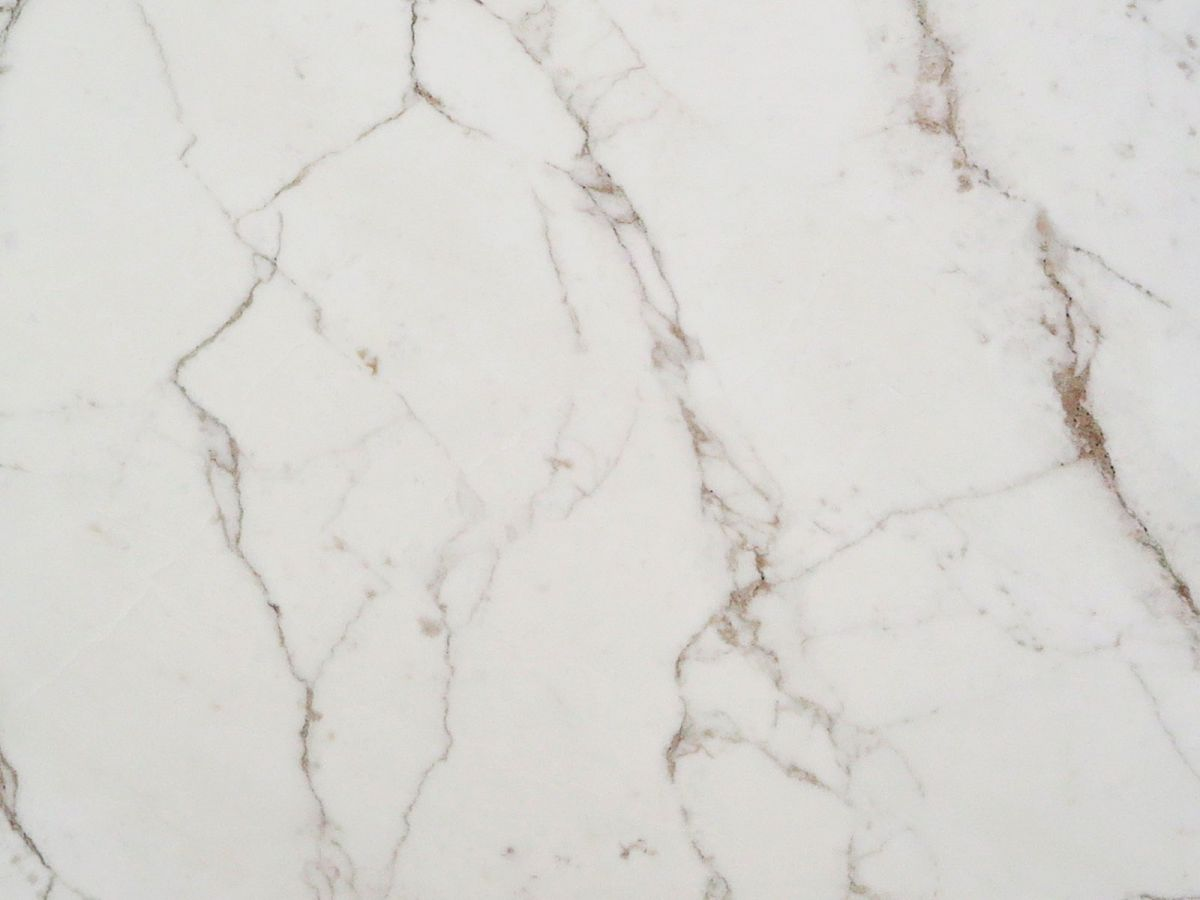 Calacatta Carrara sample