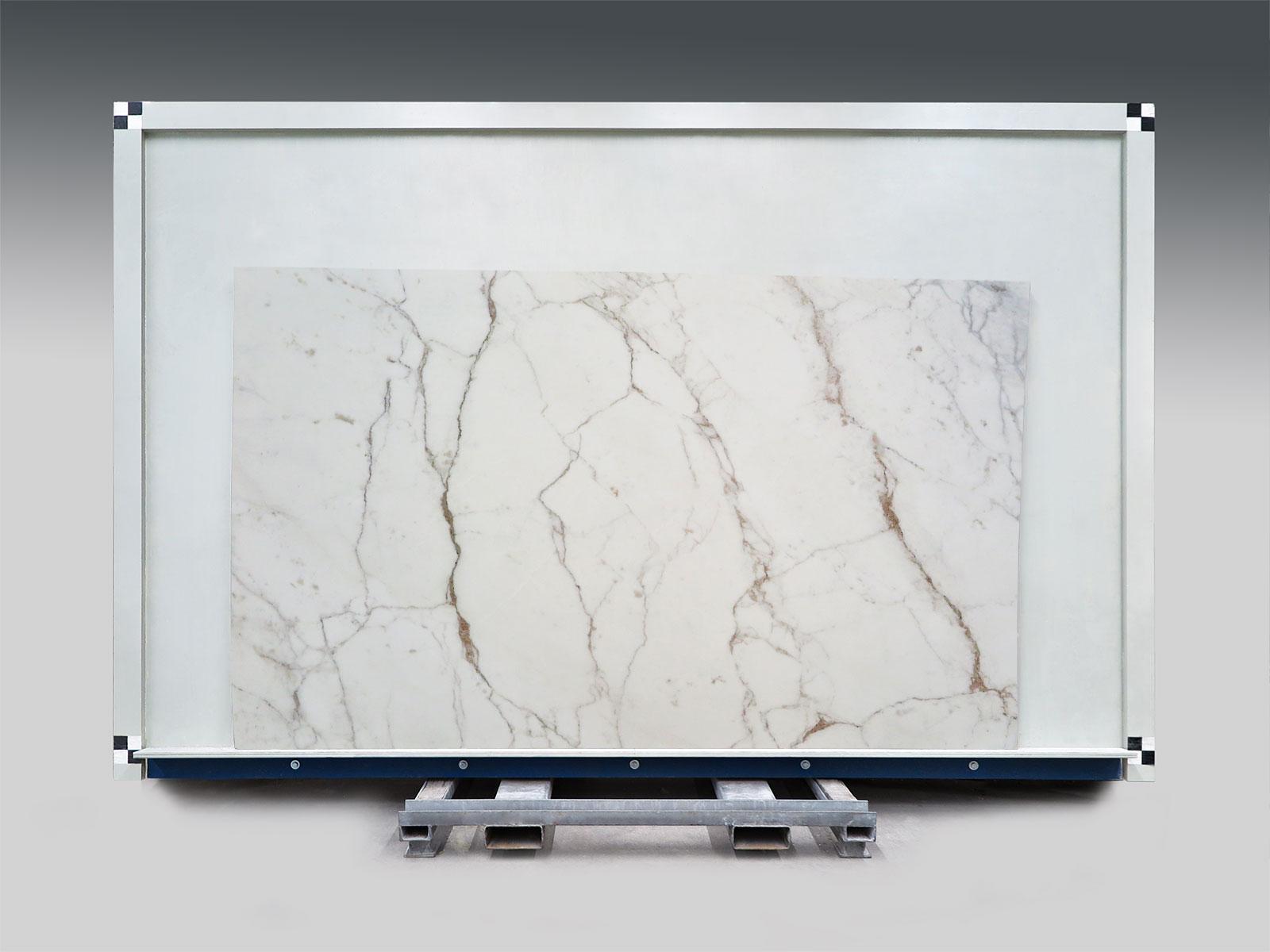 Calacatta Carrara slab