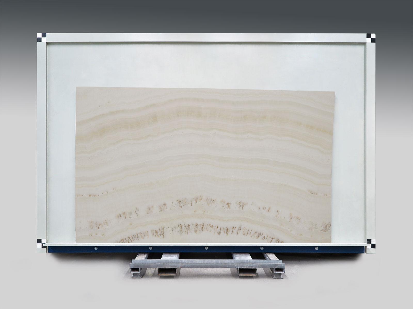 Onyx ivory slab