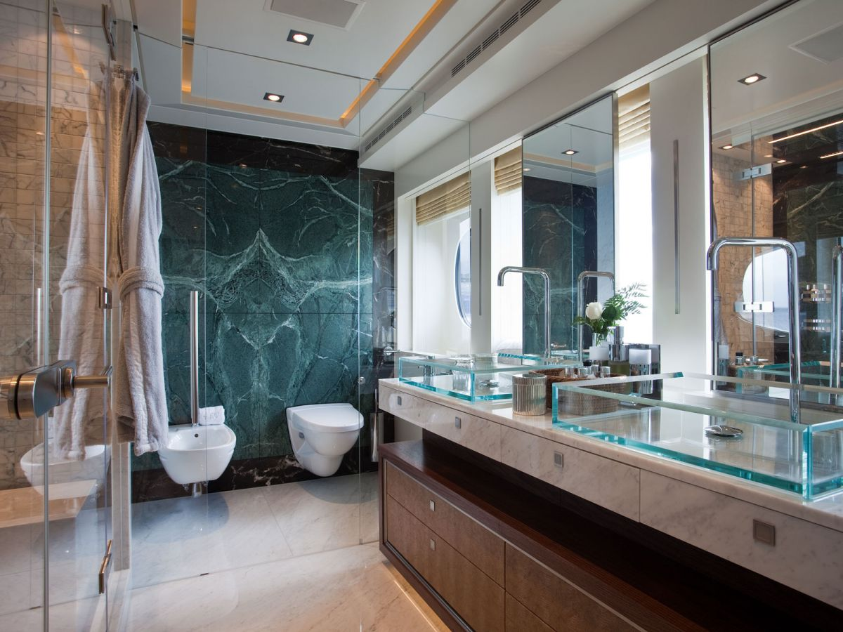 Superyacht 4You Bathroom